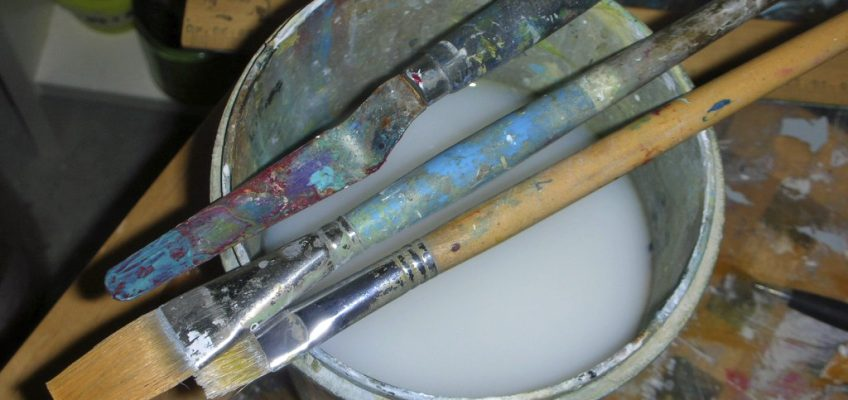 brushes ready to go